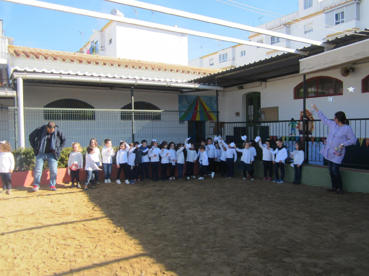 Patio colegio Real CARMONA